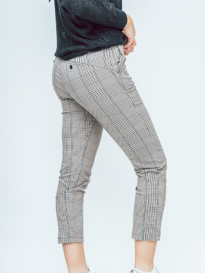 checkered trousers 2